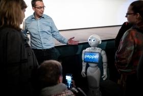 Surprise guest: Pepper the robot / Photo: Zoltán Adrián